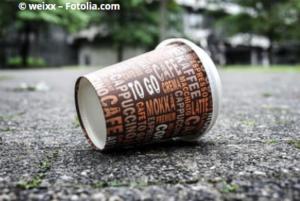 Geld verschwenden durch den täglichen Coffee To Go
